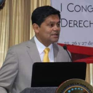 Dr. Elmer Rodriguez Leon
