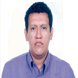 Dr. Hubert Salazar Velásquez