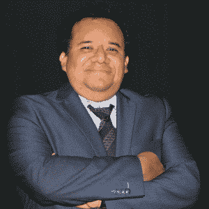 Prof. D. Javier Momethiano Santiago